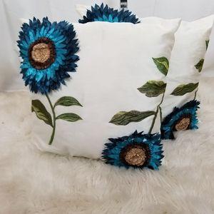 Pair of flower accent pillows